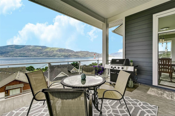 3739 Lornell Court,, Peachland