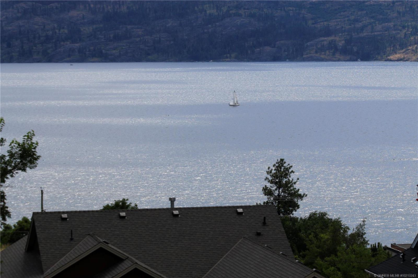 3735 Lornell Court,, Peachland
