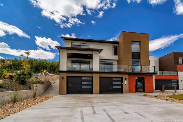 3706 Astoria Drive,, West Kelowna