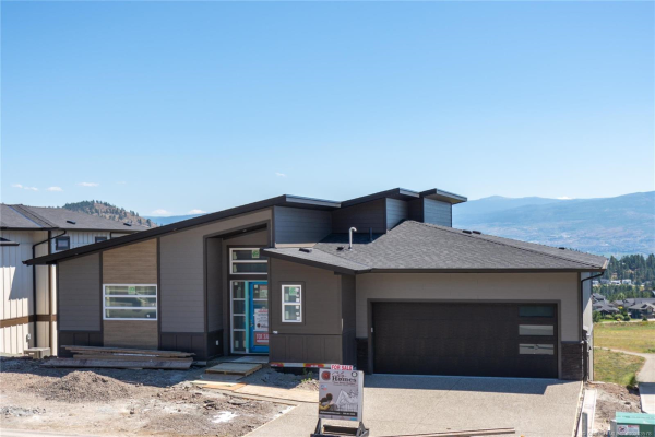 2581 Crown Crest Drive,, West Kelowna