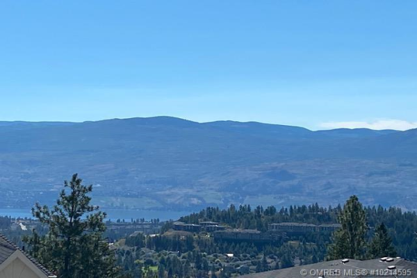 2472 Tallus Heights Lane,, West Kelowna