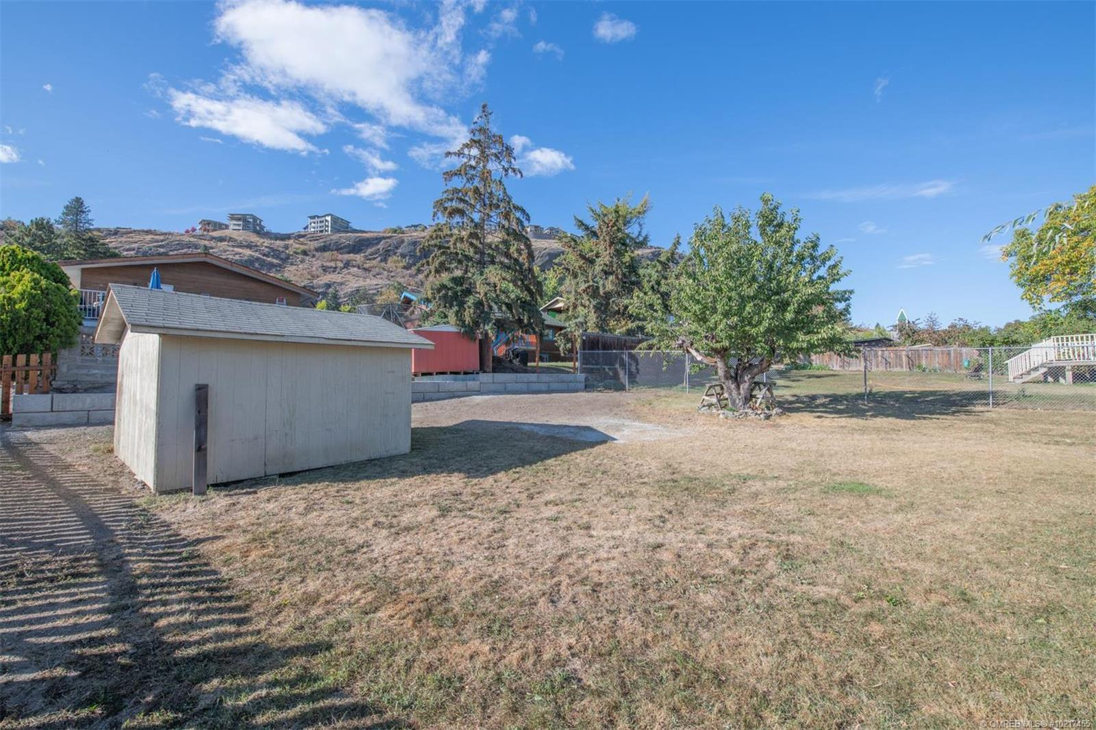 Listing 10217455 - Thumbmnail Photo # 24