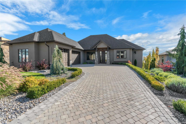 3287 Vineyard View Drive,, West Kelowna