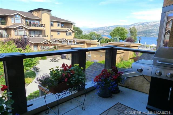 #218 3996 Beach Avenue,, Peachland