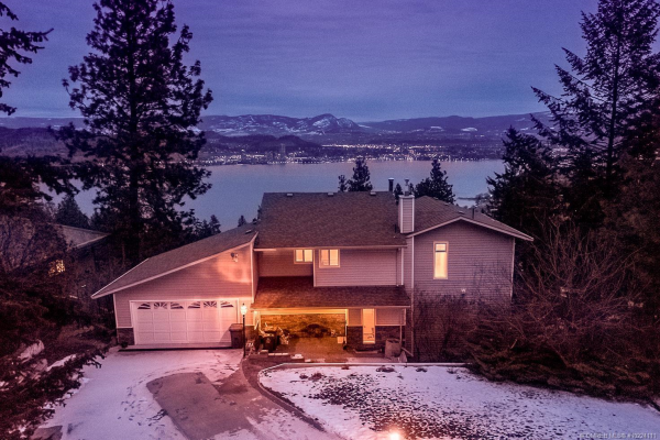 1421 Scott Crescent,, West Kelowna