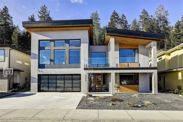 2556 Crown Crest Drive,, West Kelowna