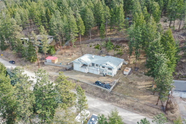 16551 Commonage Road,, Lake Country