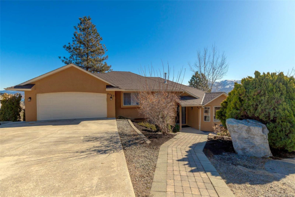 3583 Empire Place,, West Kelowna