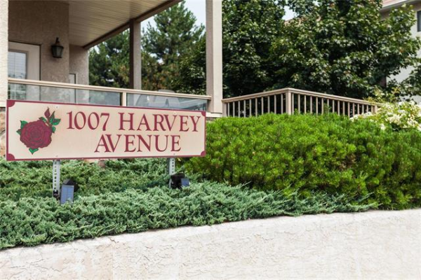 #410 1007 Harvey Avenue,, Kelowna