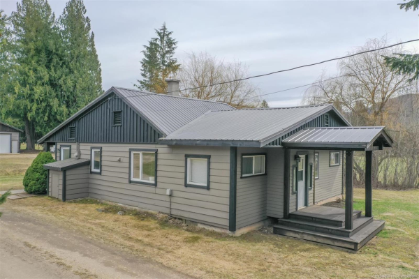 3847 Trinity Valley Road,, Enderby