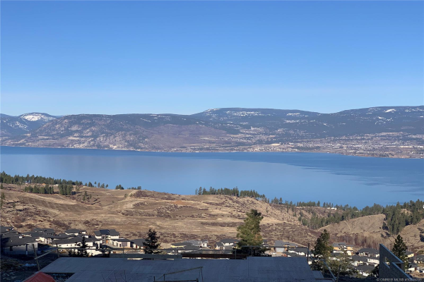 #109 5650 The Edge Place,, Kelowna
