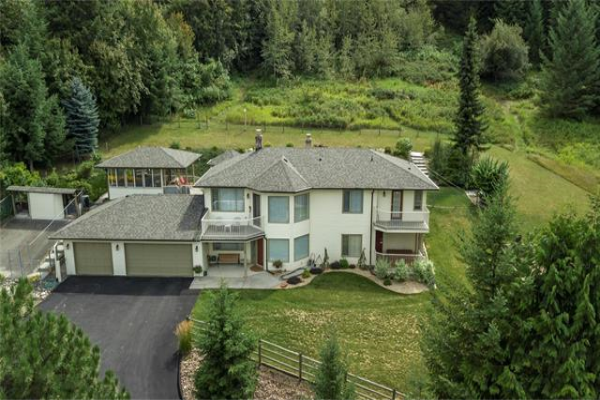 6620 Brewer Road,, Coldstream, BC