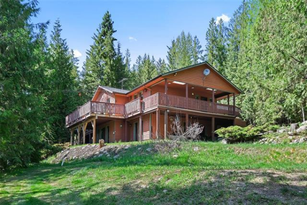 8361 Ladner Road,, Silver Star Mountain