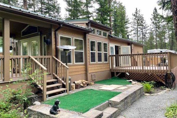 #29 4835 PARADISE VALLEY Drive,, PEACHLAND