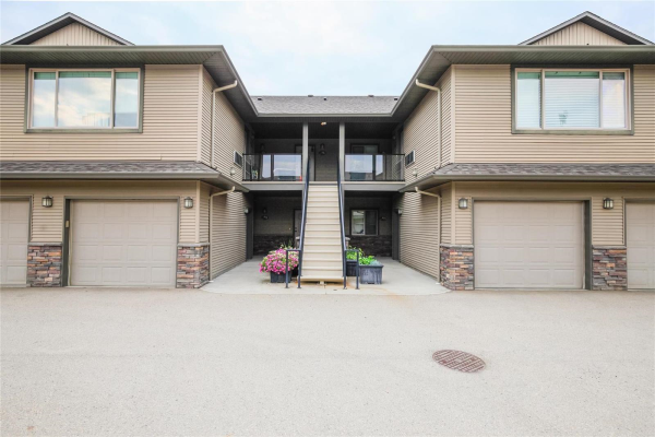 #406 3350 Woodsdale Road,, Lake Country