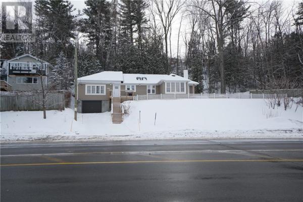 3668 ST JOSEPH BOULEVARD, Ottawa