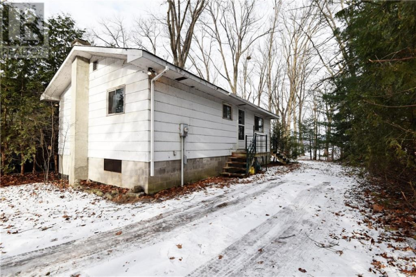 628 BAYVIEW DRIVE, Constance Bay