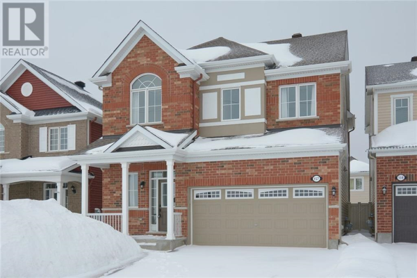 157 FLOWING CREEK CIRCLE, Ottawa