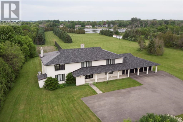 1570 RIVER ROAD, Manotick