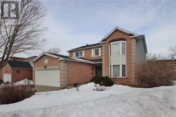 28 WINDBROOK CRESCENT, Ottawa