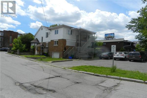 287 MONTREAL ROAD, Ottawa