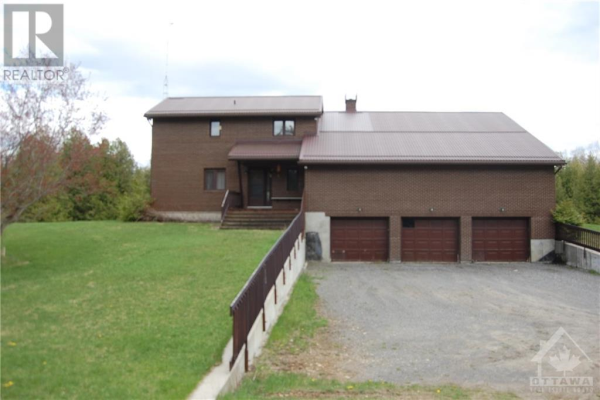 976 CROOKED SIDE ROAD, Beckwith