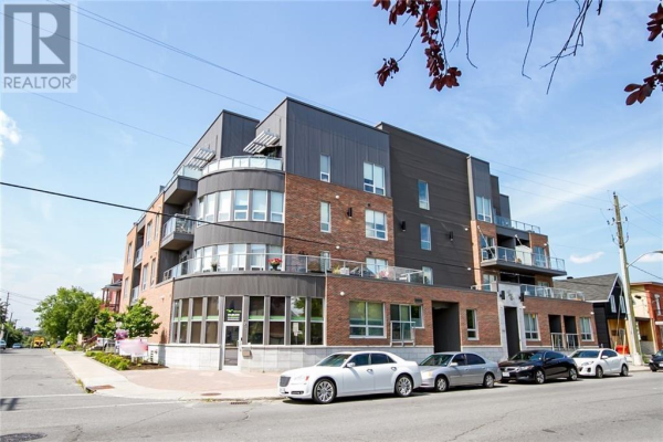 390 BOOTH STREET UNIT#401, Ottawa