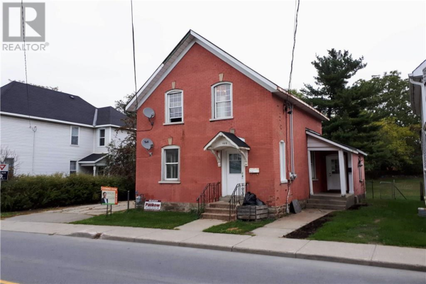 169 BECKWITH STREET, Smiths Falls