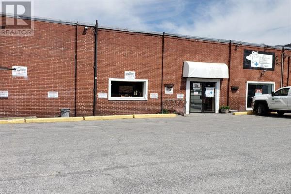 1075 BANK STREET, Ottawa