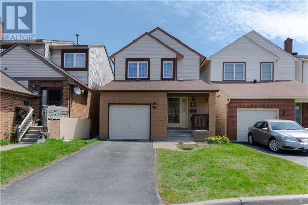 11 CRIMSON GATE, Ottawa