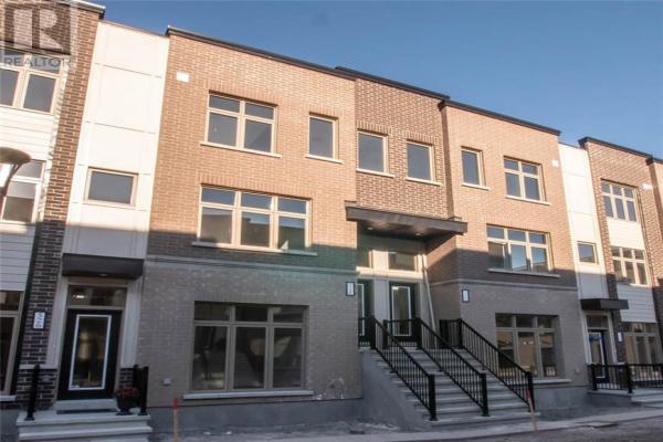 528 OZAWA PRIVATE, Ottawa