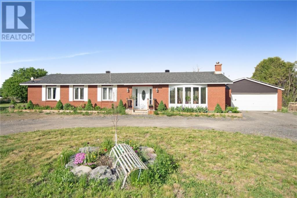 7389 BOUNDARY ROAD, Russell