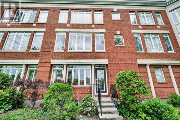 7 KINGS LANDING PRIVATE, Ottawa