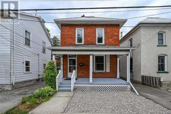 144 BECKWITH STREET, Smiths Falls