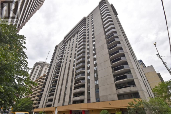 470 LAURIER AVENUE W UNIT#1204, Ottawa