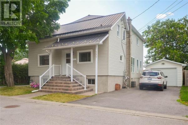 155 WELLINGTON STREET, Carleton Place