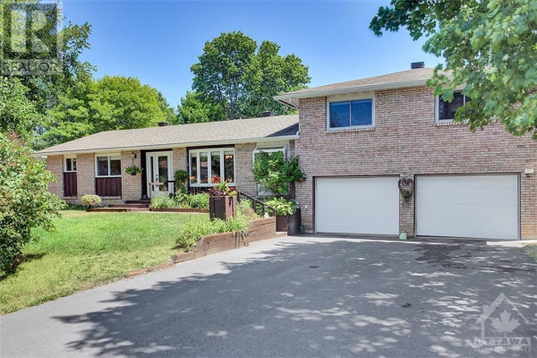 1198 MAPLE AVENUE, Manotick