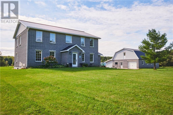 1367 HALLECKS ROAD E, Elizabethtown