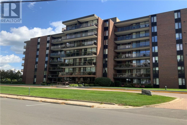55 WATER STREET E UNIT#807, Brockville