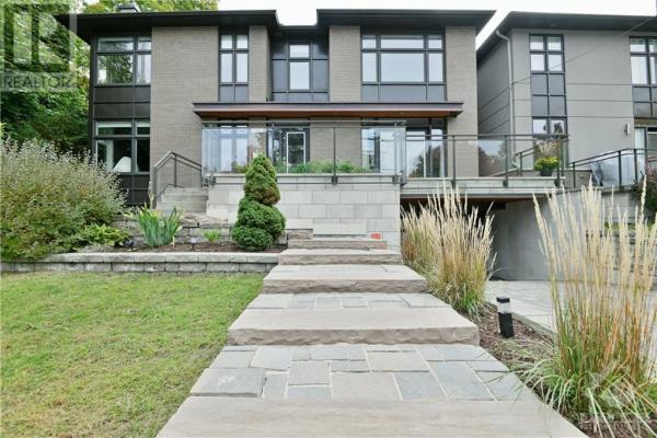 196 WESLEY AVENUE, Ottawa