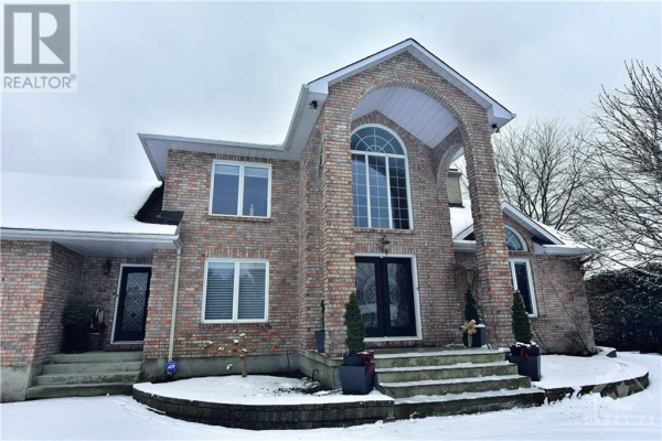 1556 LAKESHORE DRIVE, Greely