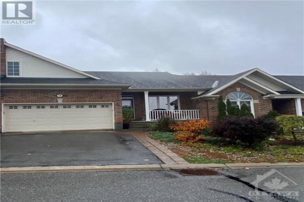 108 KELSO PRIVATE, Ottawa