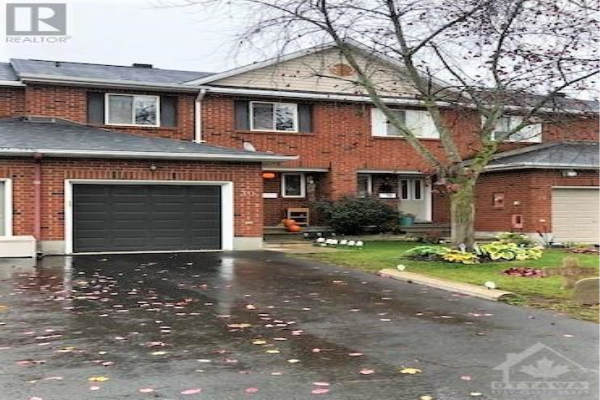 30 REDSTONE LANE, Ottawa