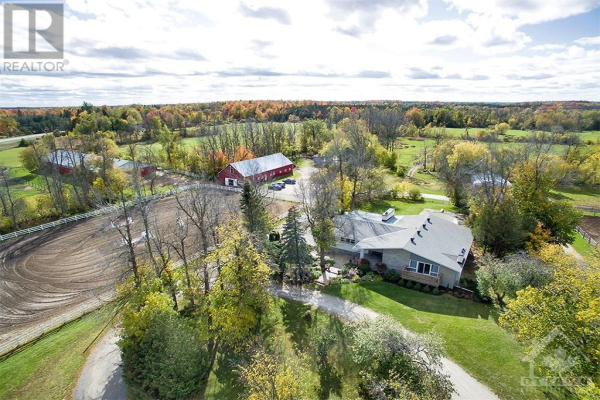 6286 PRINCE OF WALES DRIVE, North Gower