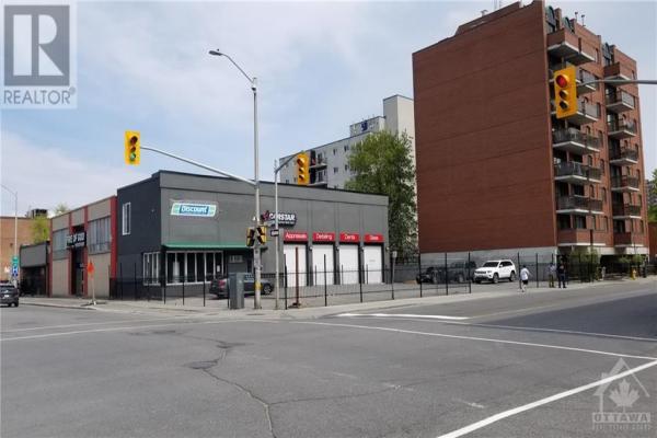 305 CUMBERLAND STREET, Ottawa