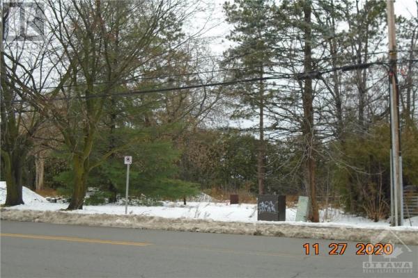 1256 COLONIAL ROAD, Ottawa