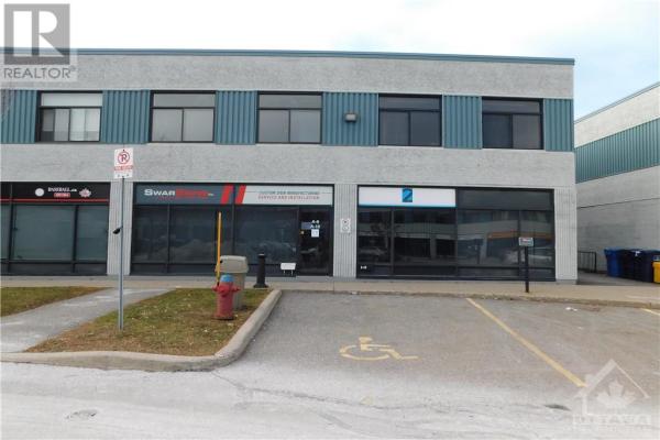 2212 GLADWIN CRESCENT UNIT#9, Ottawa