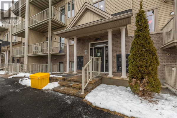 3789 CANYON WALK DRIVE UNIT#A, Ottawa