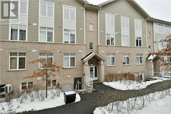 318 EVEREST PRIVATE UNIT#E, Ottawa