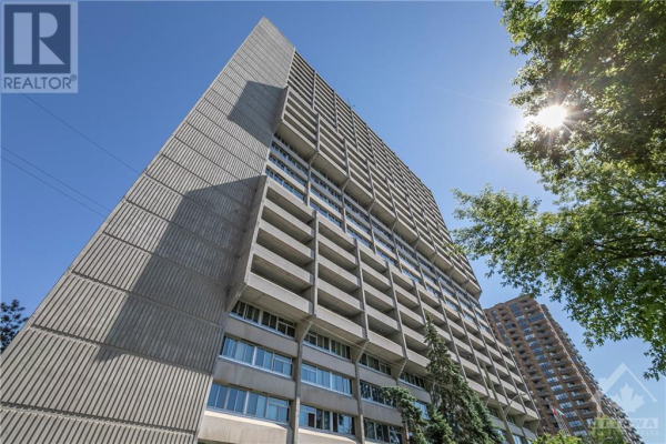 500 LAURIER AVENUE W UNIT#407, Ottawa